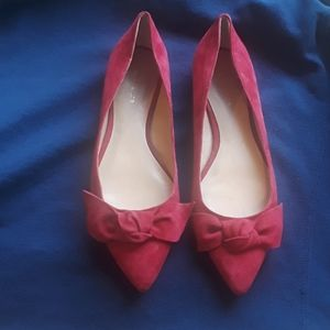Ann Taylor flats with bow